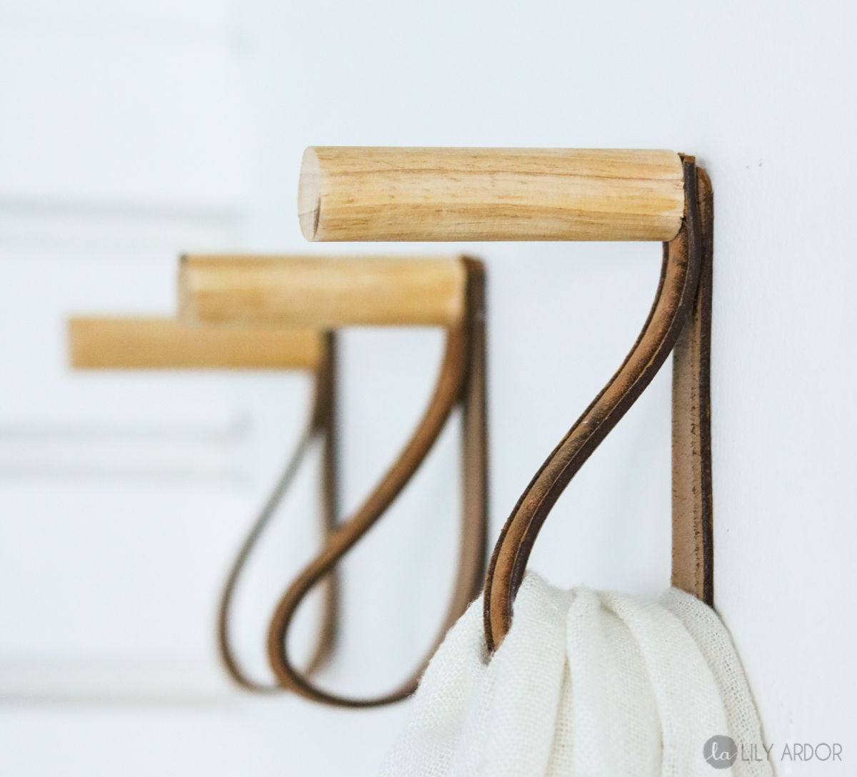 DIY Coat Rack – Hat rack – Wooden Hooks