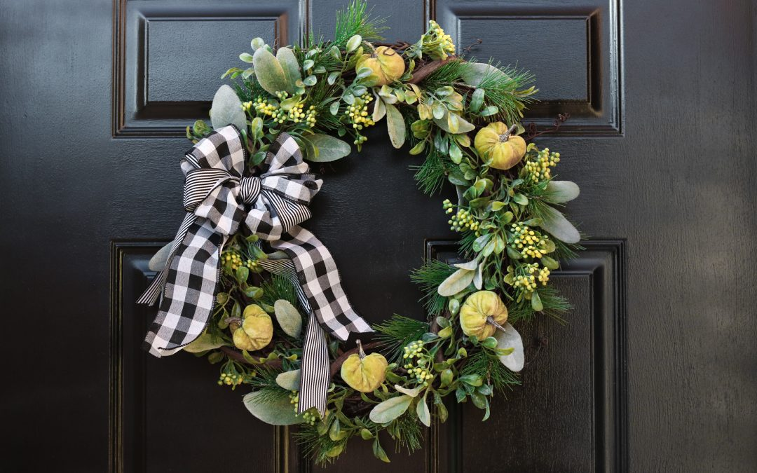 Plaid Wreath With Pumpkins DIY