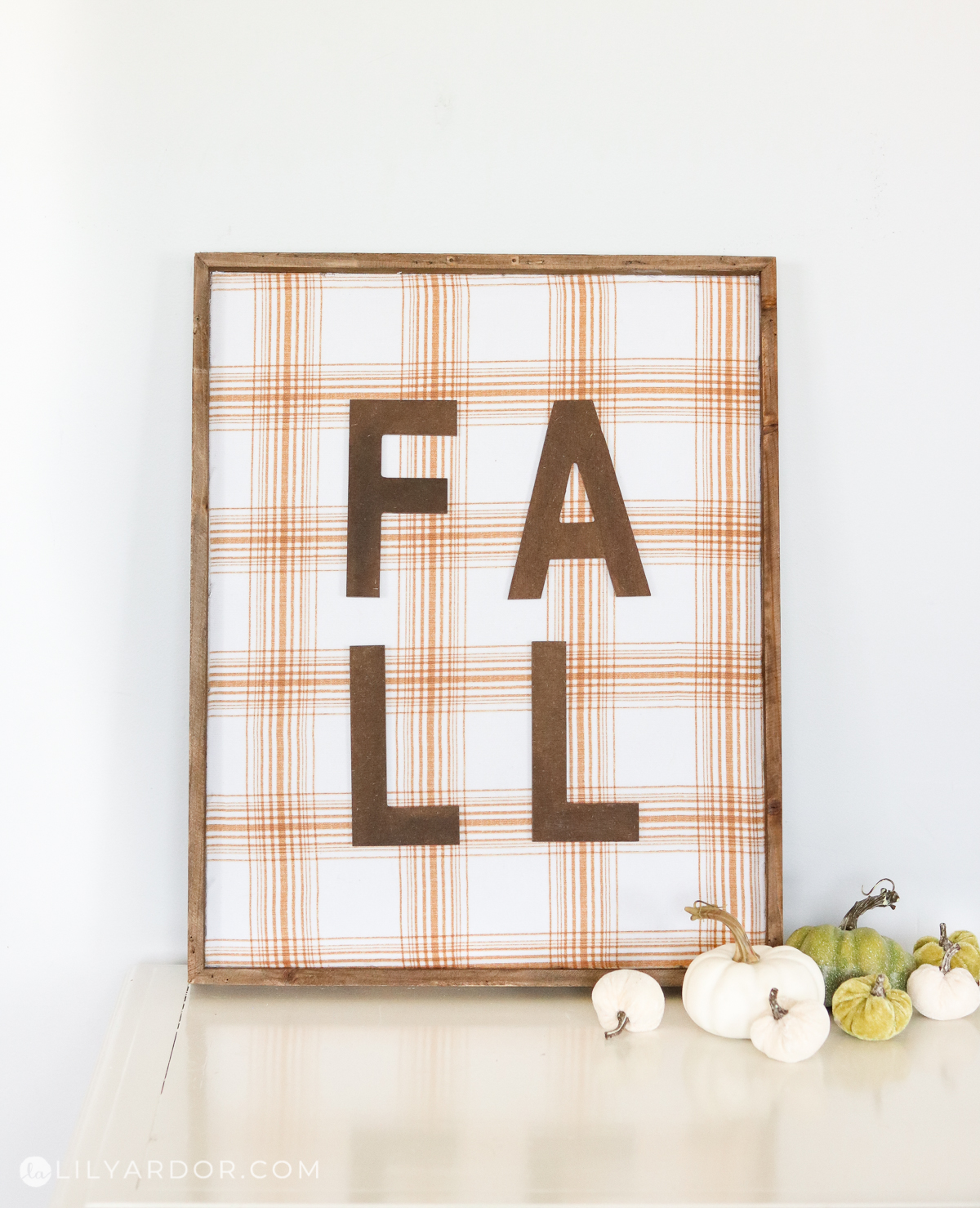 diy fall plaid sign