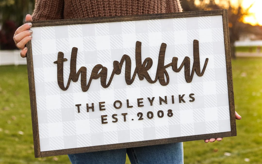DIY Thankful Plaid Sign