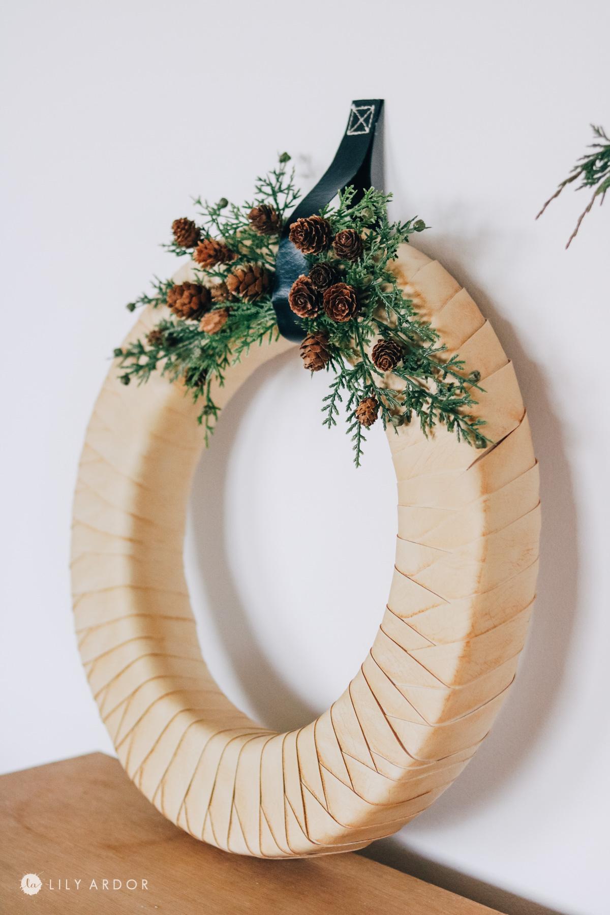 DIY scandinavian wreath
