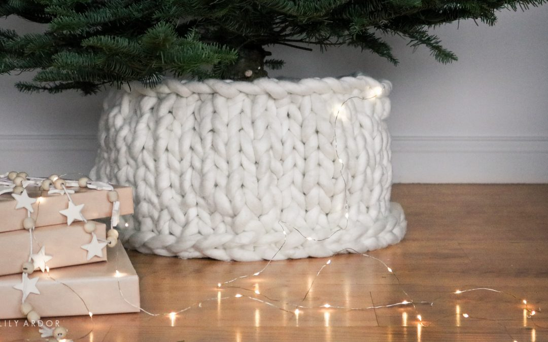 DIY Christmas Tree Collar | Chunky Knit