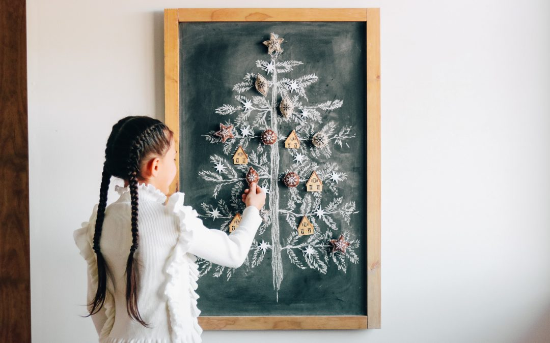 Magnetic Chalk Board Christmas Tree DIY + Cricut Ornaments